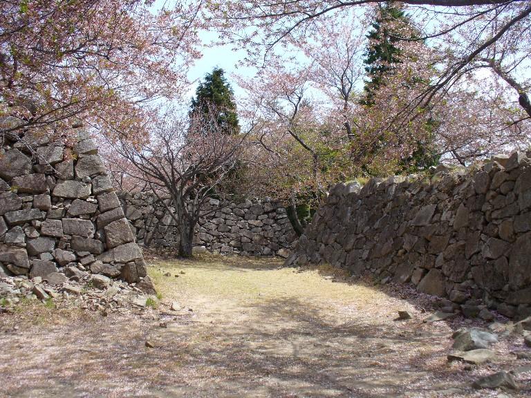 西生浦倭城: モナド日記